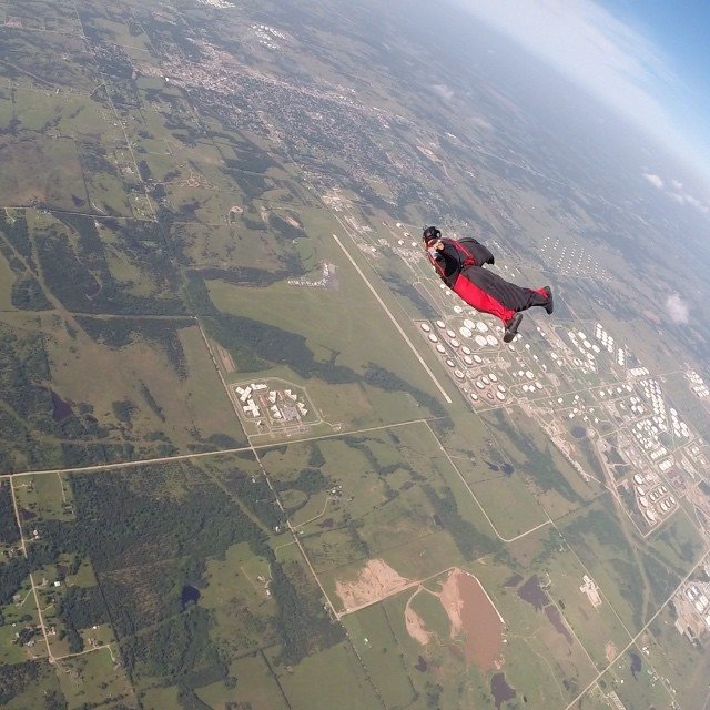 A great day flying my #squirrelsuit. Thanks Jacob aka @tripledigit405 for the tips and filming.