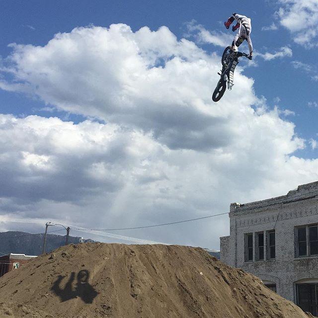 @Garrett.Ahlf contortionist air. #fmxknar @evelknieveldays