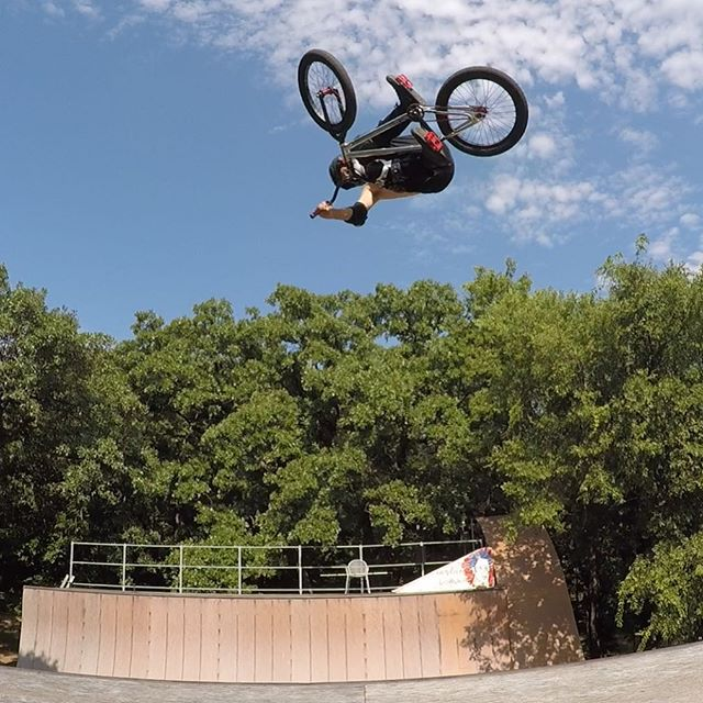 For #tabletoptuesday #backyardsess43