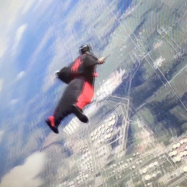 I got my first wingsuit flight in today since my shoulder surgery. I forgot my camera, so thanks for filming Jacob and Josh (aka Jacob Tripledigitmidget Martinez Josh SkyCoach) @okskydiving_center