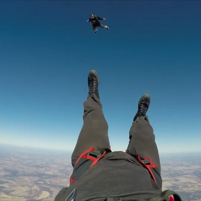 Backtracking and wingsuiting around the sky today. Thanks @okskydiving_center clips from @robertshute and @Josh SkyCoach