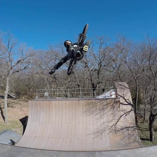 So @bmxdmc posted the 43rd hashtag and notified me yesterday, so today was a beautiful day to throw one for the 43+1 post.
