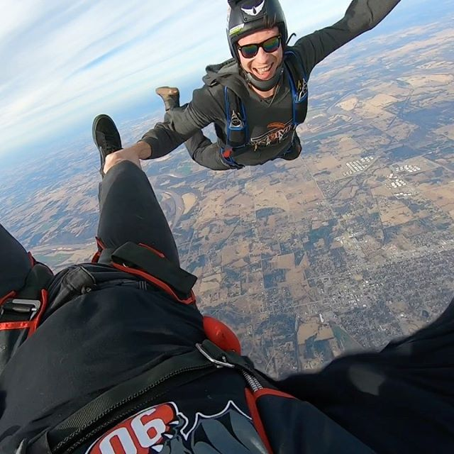 It a good day when you get to jump out of a plane.  Fun spinning around the sky with @benjamin_hooks.  Thanks @skydiveok! @90theoriginal @gopro