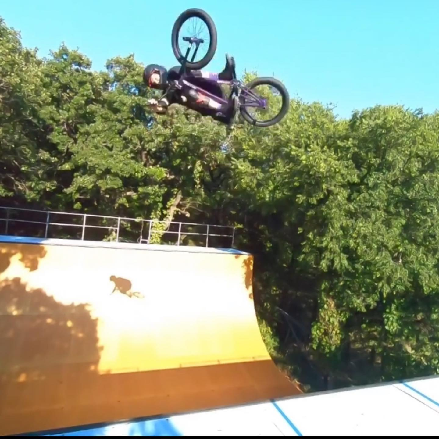 I didn't ride today.  Too hot/humid.  But here are some stills from Tues. 6:30 sessions get good shadows #backyardsess435